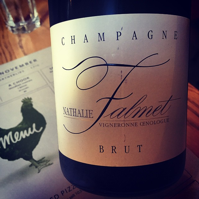 Have just discovered this #Champagne at my favourite place on my favourite street in one my favourite cities. @lorettaoncuba #CubaStreet #Wellington #NewZealand