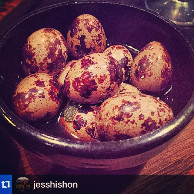 Loved this clever little dish last night. Repost from @jesshishon Another delicious dish from Chef Kate McMillan... #bellbirdspring #Quail eggs marinated in #kawakawa leaves and #oolongtea @tongueingroov @mountford_estate @blackestate @janninerickards @pegasusbaywine @wrightmelany